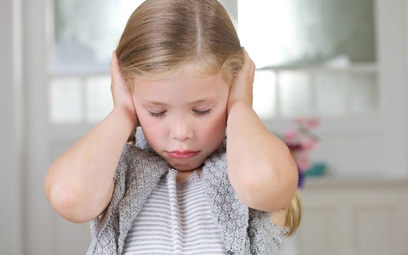 Причины отита у детей