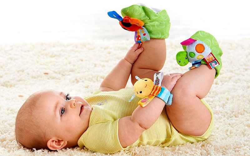 Чем заняться с ребенком в 3 месяца для здоровья и развития?
