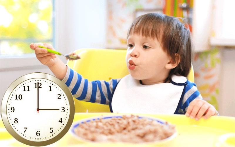 Обед ребенка в год