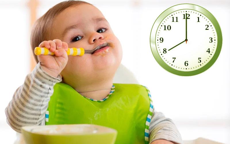 Завтрак годовалого ребенка