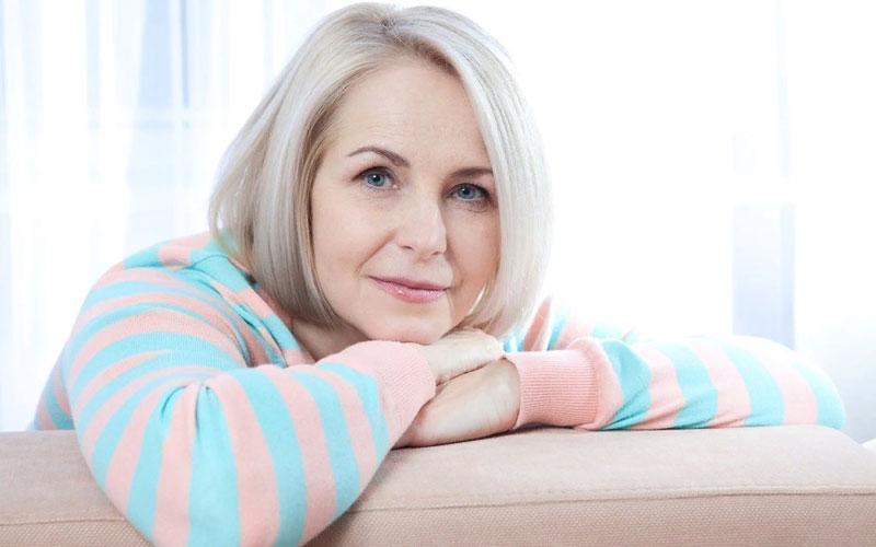 Почему может тянуть низ живота у здорового человека? менопауза