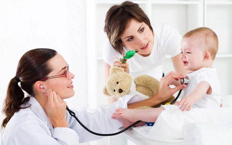 Стоит ли обращаться к врачу с симптомами розеолы?