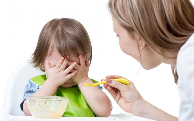 как накормить ребенка который мало ест?