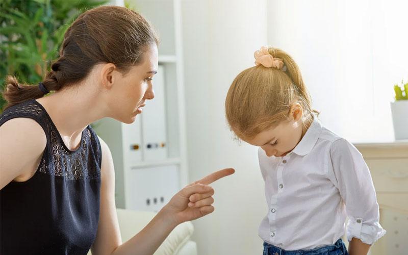 не ругайте ребенка за плохое поведение