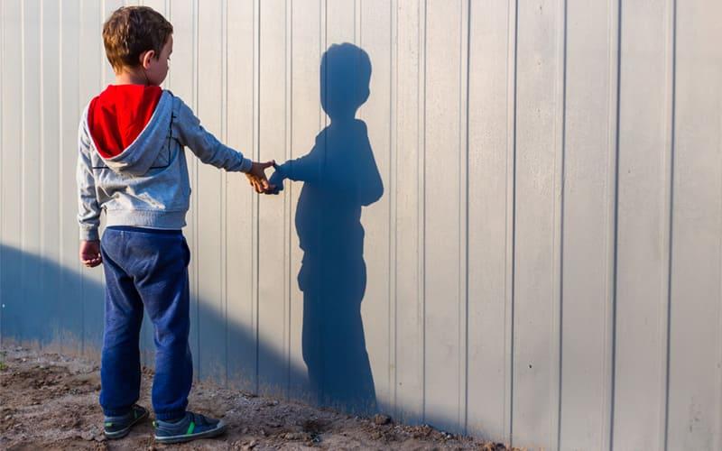 Воображаемый друг у ребенка, причины появления - Недостаток общения