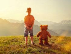 Синдром Карлсона или стоит ли бить тревогу, если у ребенка появился воображаемый друг?