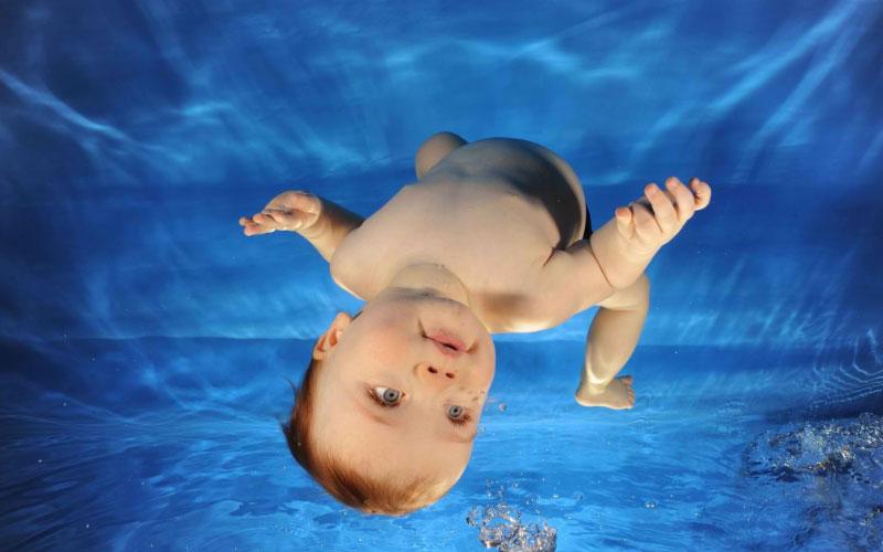 Роды в воде: за и против