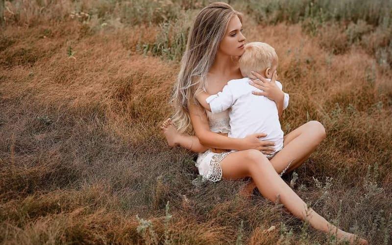 Обычные симптомы беременности во время лактации