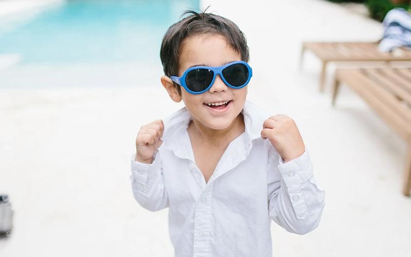 Где купить Солнцезащитные детские очки?