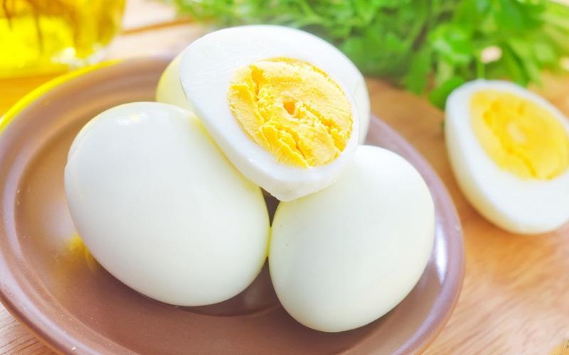 Сколько яиц можно есть новорожденному в неделю