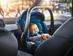 Как кормить ребенка в дороге? Советы для родителей