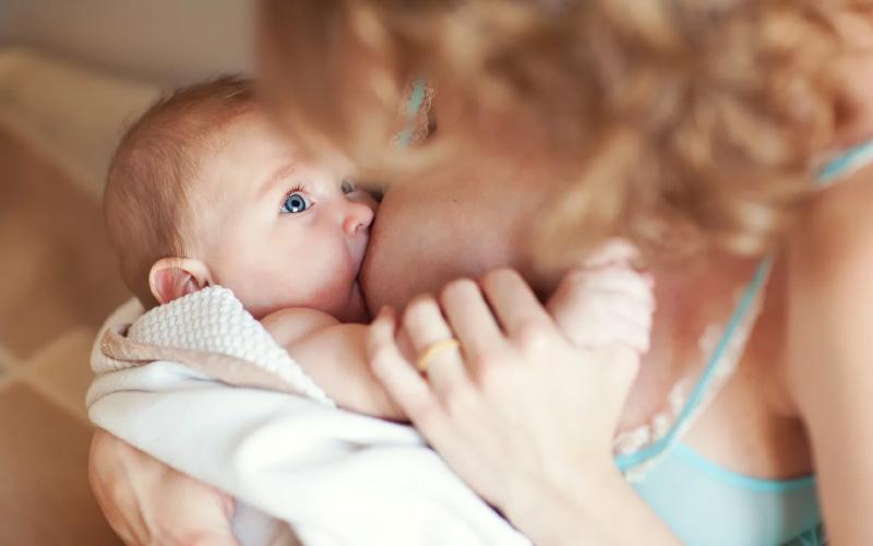 Как прекратить кормить ребенка грудью?