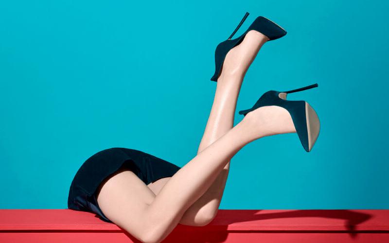 Лечение сосудистых звездочек на ногах: лазеротерапия, склеротерапия.